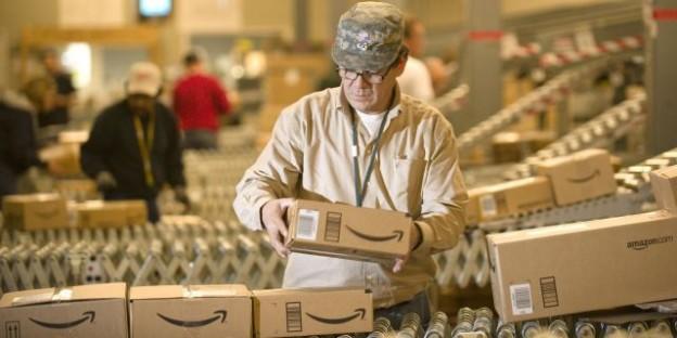 A tecnologia dos centros de distribuição da Amazon
