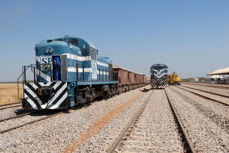 modelo outorga ferrovias