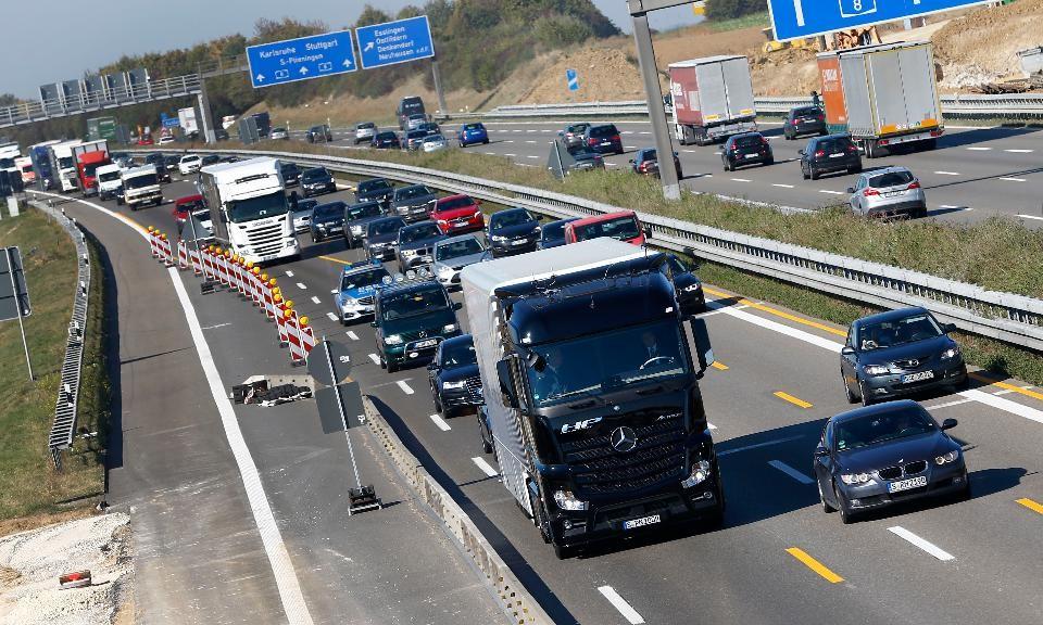 caminhões autônomos logística