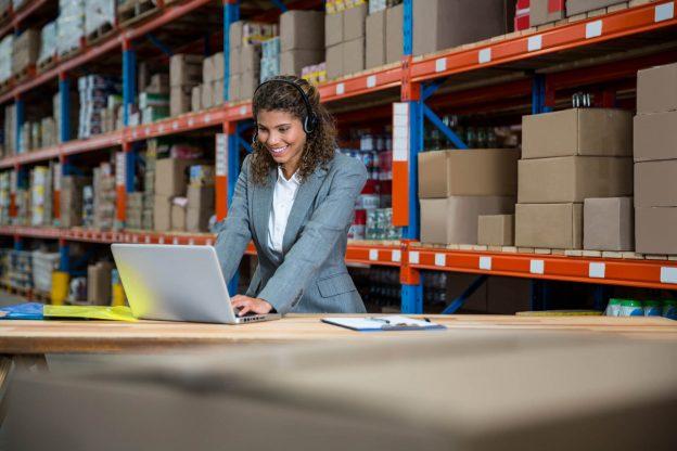 Por que os centros de distribuição são uma vantagem competitiva para as empresas?