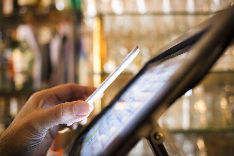 Tecnologia RFID: o que é e como se aplica na área logística?